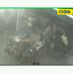 Man is beaten up after hitting his wife in a restaurant in Brazil
