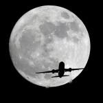 How to find the EXACT position of the moon ( gps coordinates) when it rises, for a specific photograph?