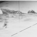 A sinking Japanese destroyer, seen through the periscope of the USS Nautilus, 1942 - I think it's interesting as fuck 🔥