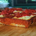 Detroit style pepperoni pizza, carmalized cheese for the win