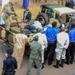 Mali: Man accused of trying to stab president dies in custody