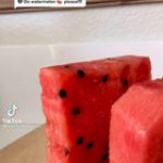 The way this watermelon is pressed!