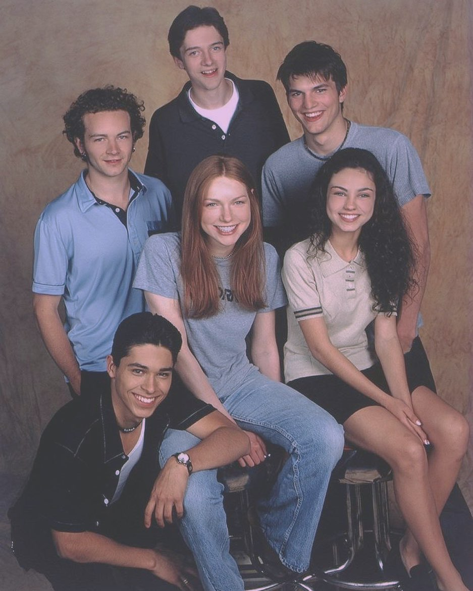 The first casting photo for season 1 of 'That 70's Show' 1998