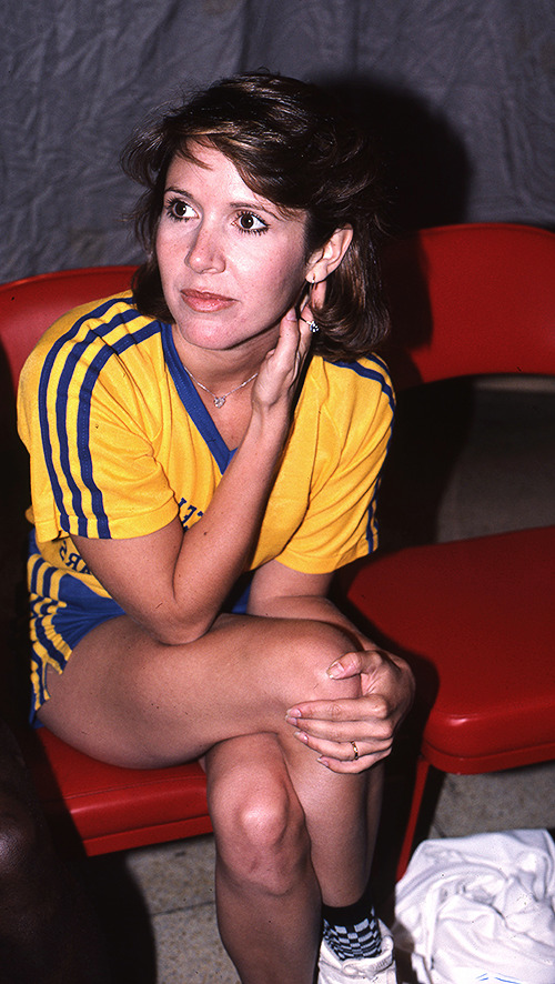 Carrie Fisher during a charity volleyball game in 1987