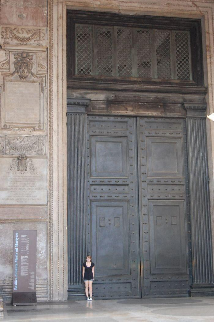 The oldest doors in Rome